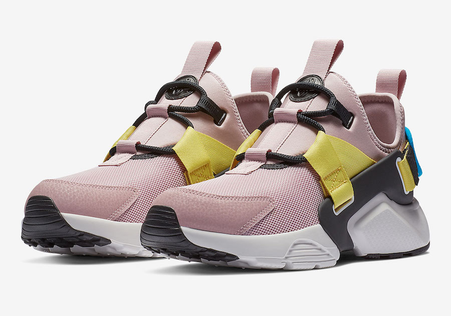 f13d809380325 Nike has just added two new women s exclusive color options of their Air  Huarache City Low ...