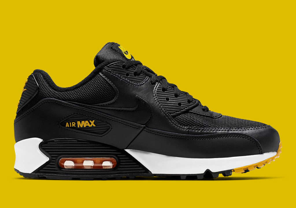 This Nike Air Max 90 Colorway is Ideal for Pittsburgh