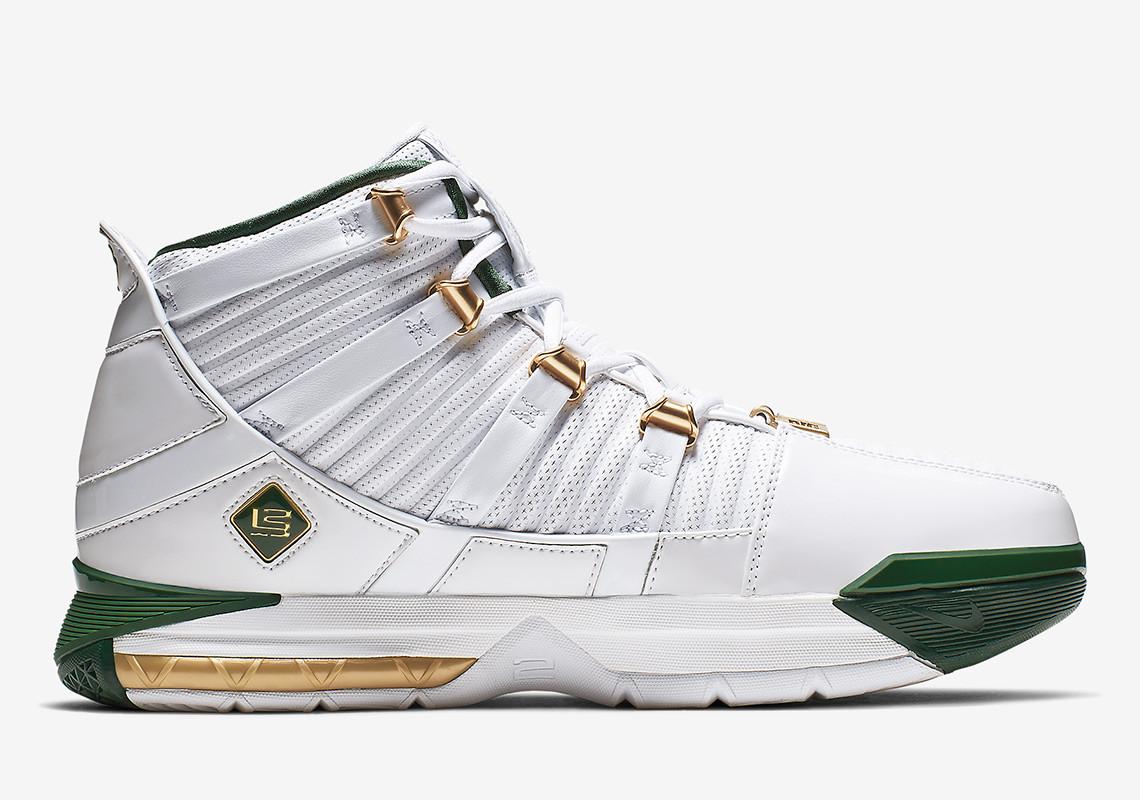 5c29c9a1ad19 Former Nike LeBron 3