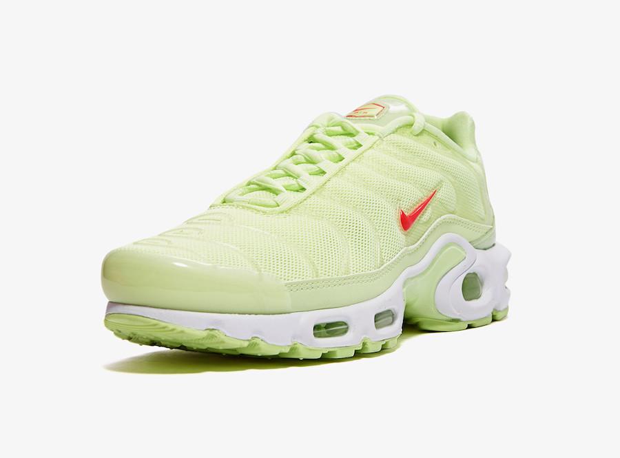 Nike WMNS Air Max Plus TN SE Barely